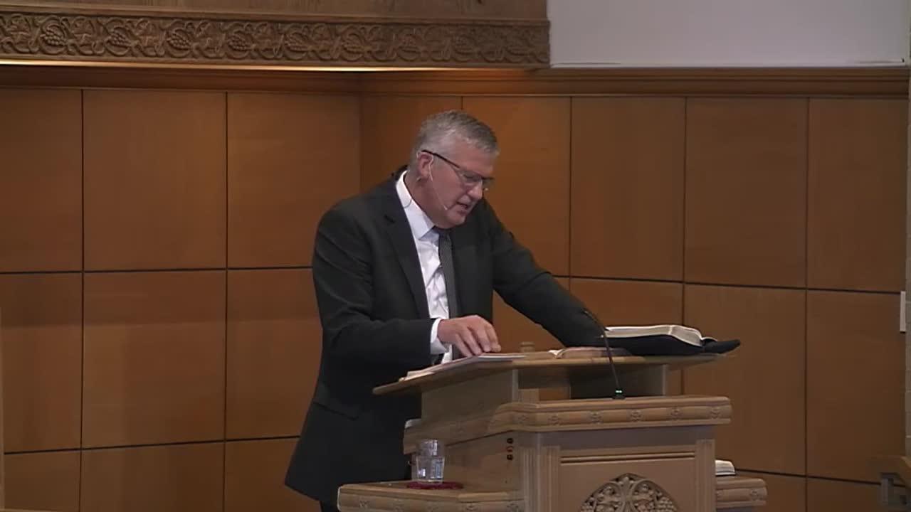 Dr. Mark Kelderman